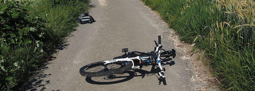 accident avec un cycliste qui est responsable. Black Bedroom Furniture Sets. Home Design Ideas