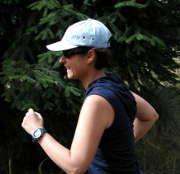 jogging-femme-course-casquette