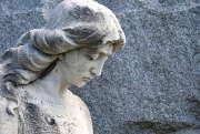 Obsèques : des obligations d'information contractuelles
