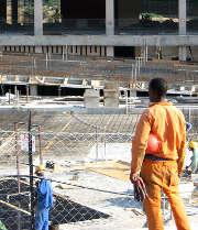 Sur un chantier, tous les travailleurs doivent être assurés