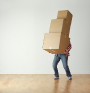 cartons-demenagement-homme