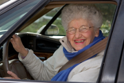 Les seniors au volant, touchés par les accidents de la route