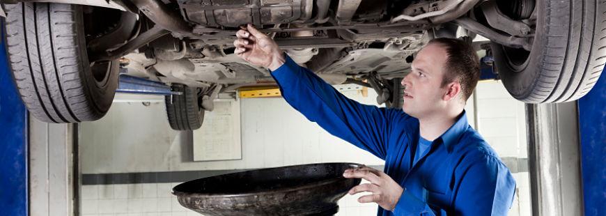 Les points techniques contr ler sur votre voiture for Vidange voiture garage