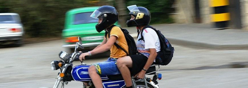 Deux-roues motorisés : trucs et astuces pour rouler avec un passager