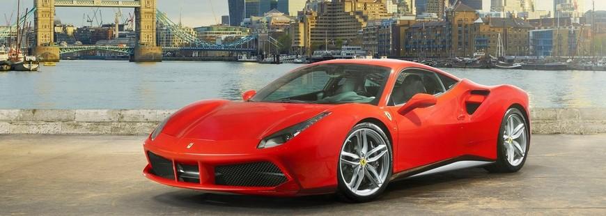 Le V8 de la Ferrari 488 GTB élu moteur de l'année