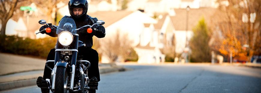 motards adaptez votre assurance deux roues pour l 39 hiver. Black Bedroom Furniture Sets. Home Design Ideas