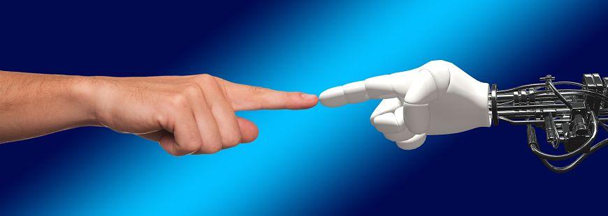 Quand les robots remplacent les hommes en assurance vie
