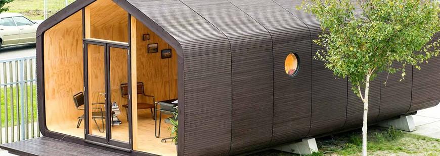 maison cologique la wikkelhouse adopte le papier et le carton. Black Bedroom Furniture Sets. Home Design Ideas