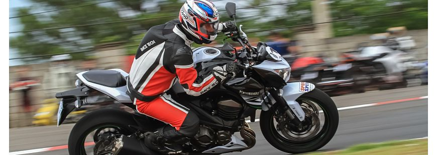 Quels risques de rouler trop vite � moto ?
