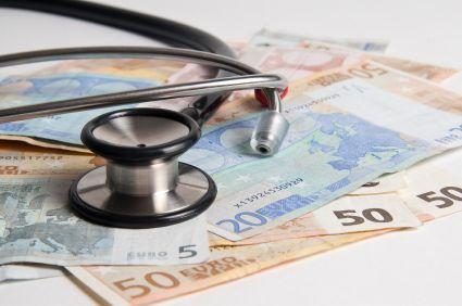 Taxe sur les mutuelles : Nora Berra demande à la Mutualité Française de ne pas augmenter ses prix